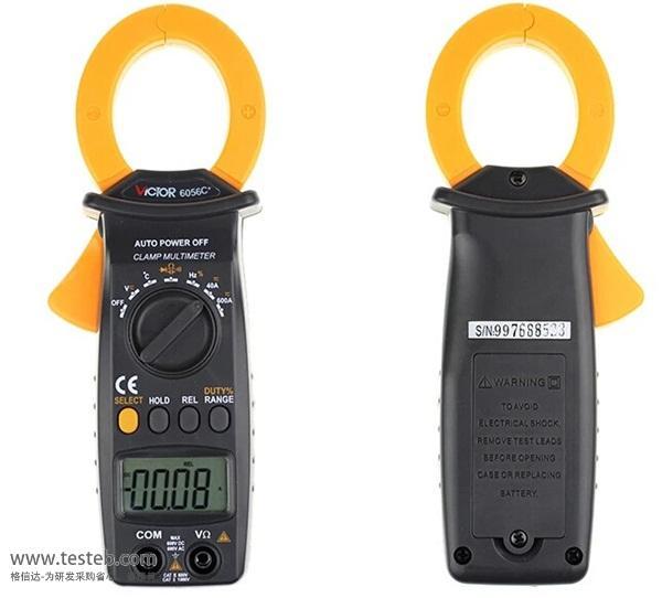 VICTOR 6056C+钳口张开35mm 便携性设计,可单手操作,使用方便 钳头具有双层保护绝缘,强化了抗干扰性 非接触式测量,提高了测量安全性 结构设计严紧、合理 显示位数3 3/4位,自动量程 附件 表笔,电池,说明书,合格证,皮盒,TP01温度探头一条(-40~250)